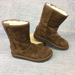 Ugg Brown Suede Boot
